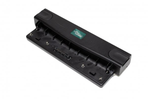 Dockingstation Fujitsu Lifebook S26391-F2471-L530 für Amilo
